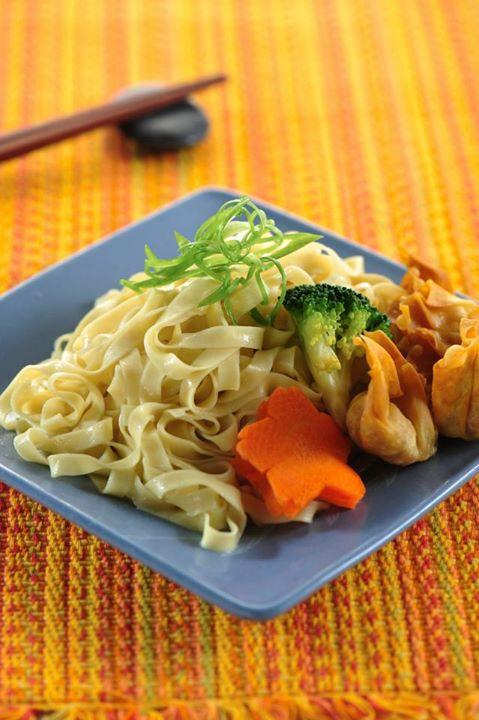 Megah Wanton Noodle (Flat Cutting)