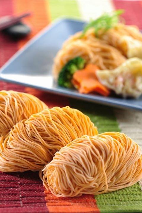 Megah Carrot Wanton Noodle